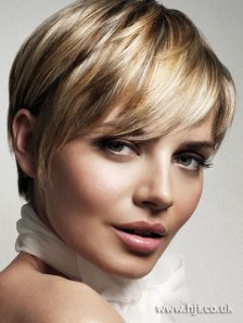 5-short-brown-hairstyles